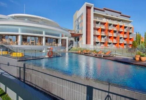 Hotel Pesona Alam