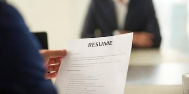 Panduan Menulis Resume Terbaik 2021 [Lengkap]