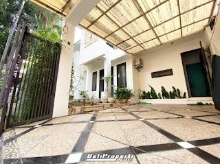 rumah mewah villa kelapa dua dijual