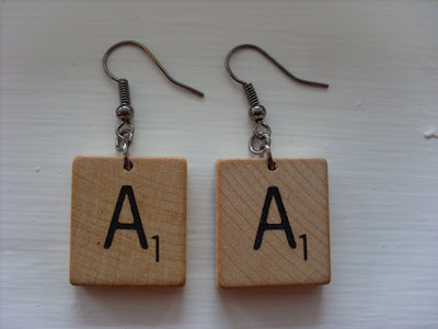 Creative and Cool Ways to Reuse Old Scrabble Tiles (11) 4