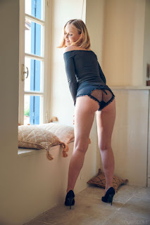 Sexy bitches - lucretia_k_23_45995_2.jpg