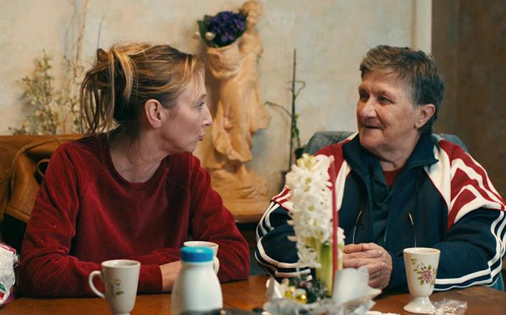 As Invisíveis: comédia francesa sobre um grupo de mulheres sem-teto aborda a reinserção social com leveza e altas doses de inspiração | Cinema