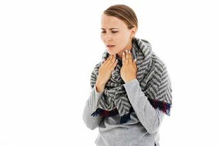 Cara mudah mengatasi radang tenggorokan