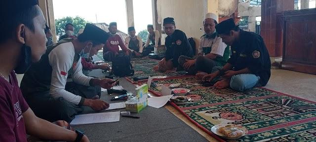Owner AMK Rumah Sehat Adakan Bekam Massal Untuk Penggalangan Dana Renovasi Masjid Jamik Safinatussalam Pegayaman