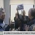 Εισβολή των εργαζομένων του ΕΚΑΒ στο γραφείο του προέδρου (videos)