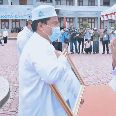 Ma'had Aly MUDI Terima Anugerah Penghargaan Kemenag Aceh