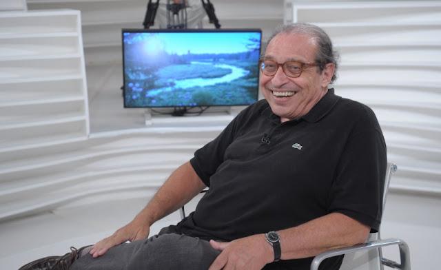 O jornalista e escritor Ruy Castro, que apresenta novo programa sobre bossa nova na Cultura FM e Rádio Mec (Foto: Jair Magri / Divulgação)