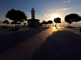 Fener Plajı Samsun Tarihi Eserler   Turistik Mekanlar   Yüzme fener plajı