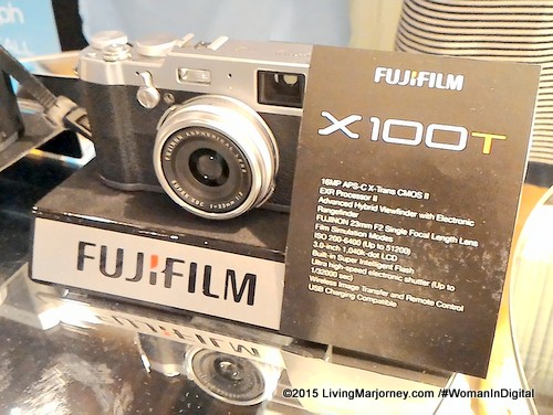 Fujifilm Reveals Mirrorless Cameras