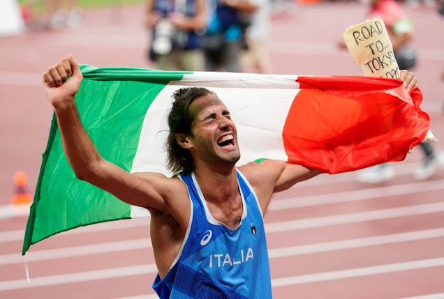 Gianmarco Tamberi oro nel salto in alto ex aequo con Barshim