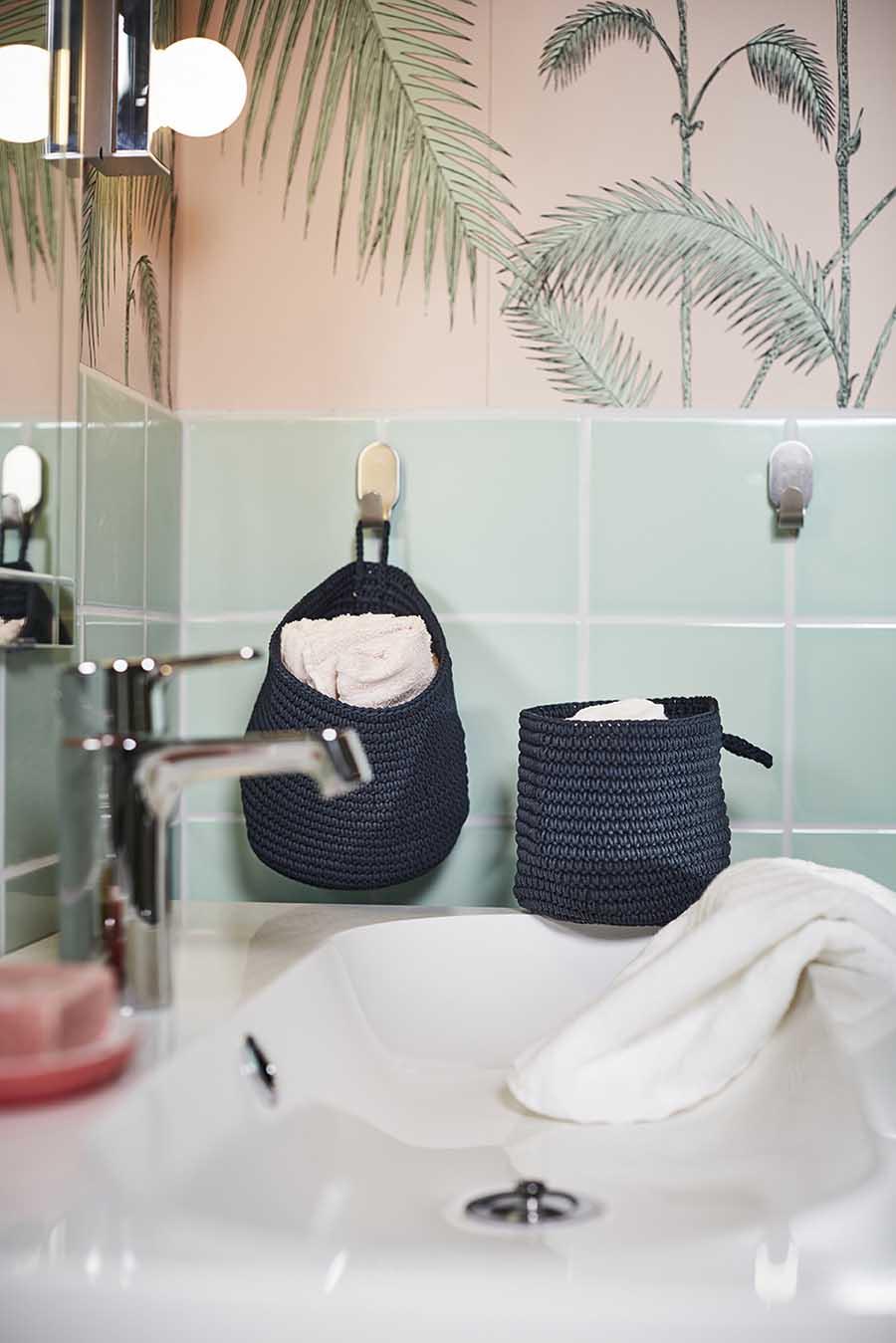 Novedades catálogo Ikea 2020 baño sistema de almacenaje azul de tela
