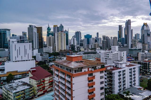 O bairro de El Cangrejo visto do terraço do Hotel Best Western Panama Zen