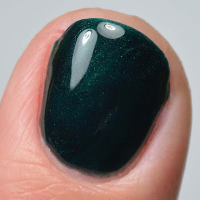 teal color shifting nail polish close up swatch