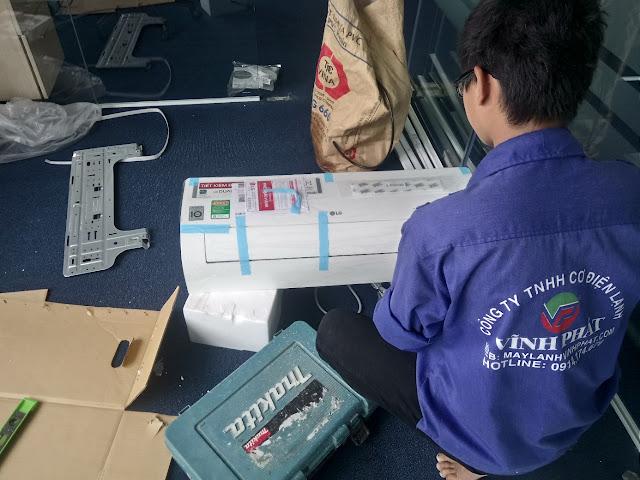 Sản phẩm cần bán: Xả Máy lạnh treo tường thương hiệu LG (Thái Lan) mua sẽ bán với giá gốc M%25C3%25A1y%2Bl%25E1%25BA%25A1nh%2Btreo%2Bt%25C6%25B0%25E1%25BB%259Dng%2BLG%2B12