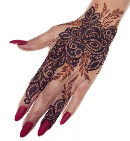 Best Mehndi Design for Back Hand