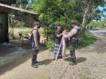 Hut RI Ke 75, Polisi Ajak Masyarakat Sungai Raya Kibarkan Bendera Merah Putih