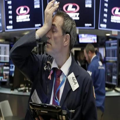 """Covid-19 trở thành đại dịch toàn cầu, Dow Jones ngay lập tức rớt hơn 1.400 điểm và rơi vào thị trường """"gấu"""""""