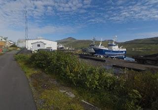 skala-faroe-islands-apo-ta-karavia-sta-gipeda