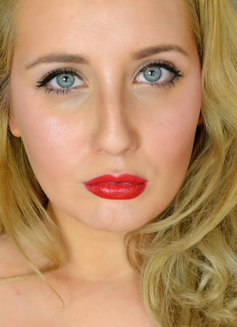 MAC - Lipstick - limited edition - red lipstick - review - swatches - maleficent - true loves kiss - disney