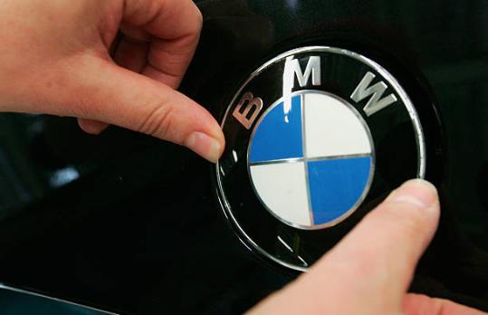 BMW llama a revisión a 324.000 vehículos en Europa