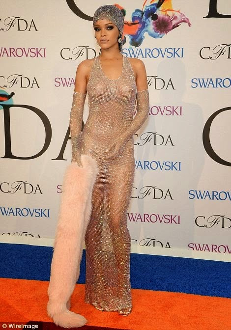 Welcome To Source And Beyond Rihanna Goes Nak Ed In Sheer Embellished Dress She Picks Up Fashion Icon Award