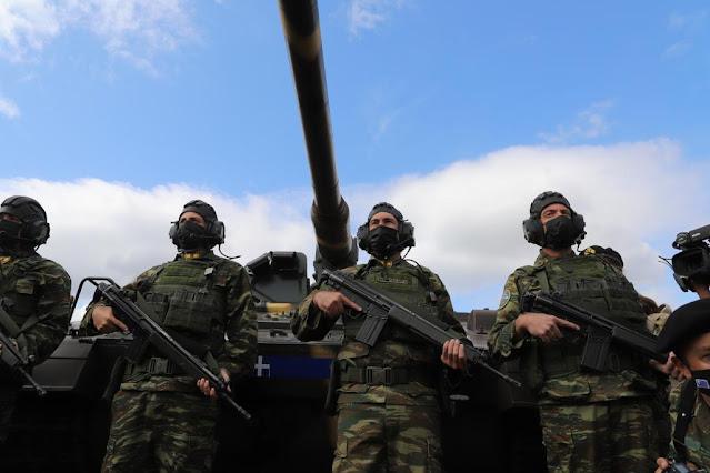 Ένοπλες Δυνάμεις: Επίδειξη ισχύος πυρός η άσκηση «Παρμενίων» (βίντεο)