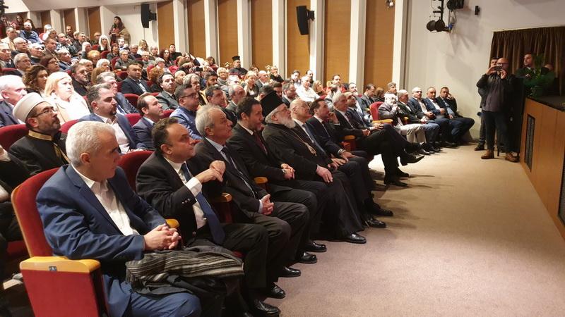Πλήθος κόσμου στην παρουσίαση του βιβλίου για την Αλεξανδρούπολη του Ελευθερίου Τσινταράκη