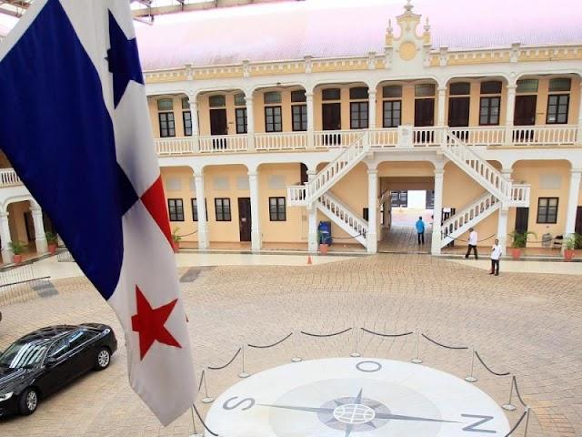 Panamá retira las credenciales diplomáticas a la representante de Juan Guaidó