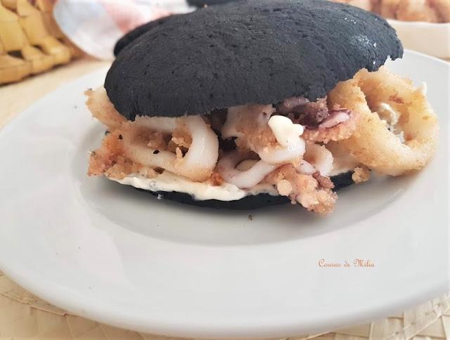 Pan sin gluten con tinta de calamar