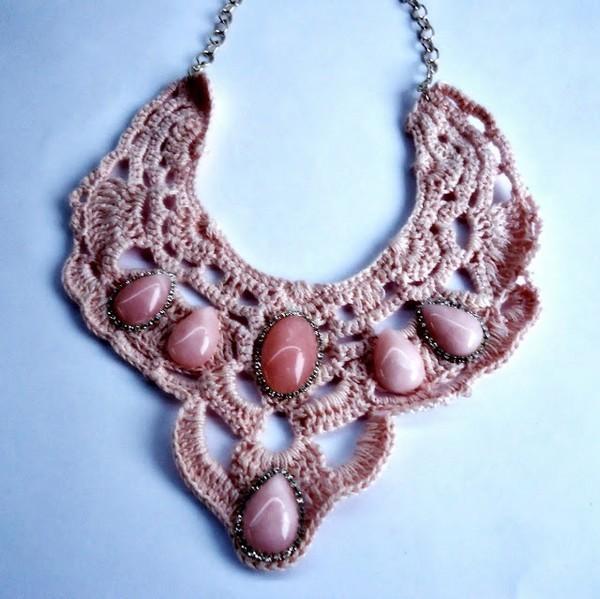 Gargantilla Reinona con Abalorios de Crochet