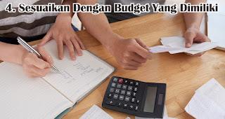 Sesuaikan Dengan Budget Yang Dimiliki adalah tips memilih souvenir paket seminar kit