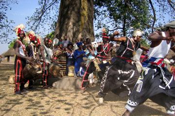 LES MALINKES QUI SONT-ILS? : Culture, danse, événement, spectacle, tradition, ethnies, LEUKSENEGAL, Dakar, Sénégal, Afrique