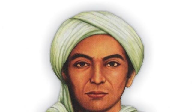 Sunan Muria memiliki nama asli Raden Umar Muria Adalah