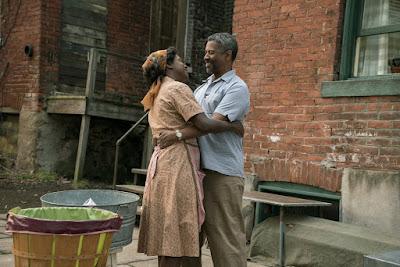 Fences Movie Denzel Washington and Viola Davis Image 3 (18)