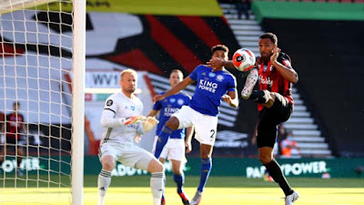 Rực lửa BXH Ngoại hạng Anh: Leicester thua thảm, MU vào top 3 đêm nay?