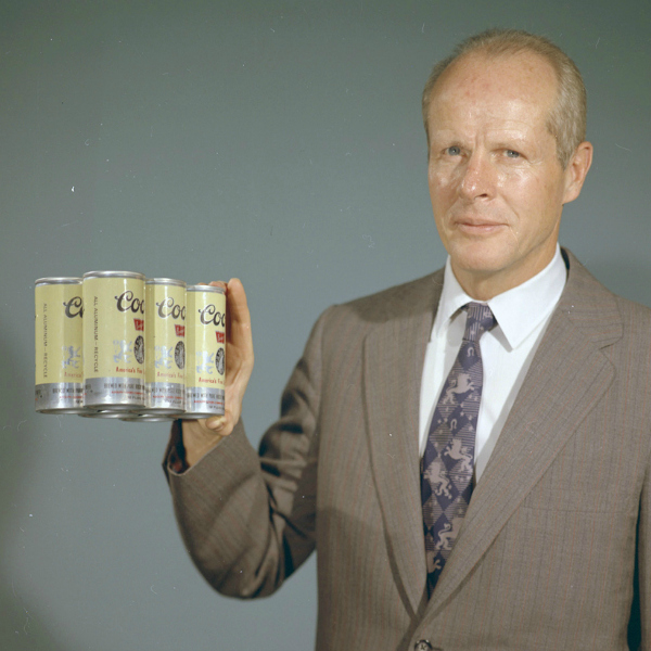 Bill Coors with new aluminium cans for beer in 1959