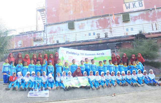 50 Murid TK RUMAN Aceh Field Trip ke Kapal PLTD Apung