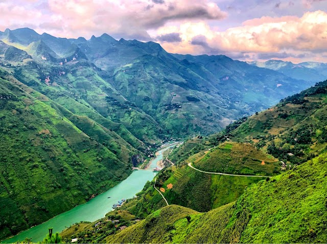 The provinces in Vietnam attract foreign tourists