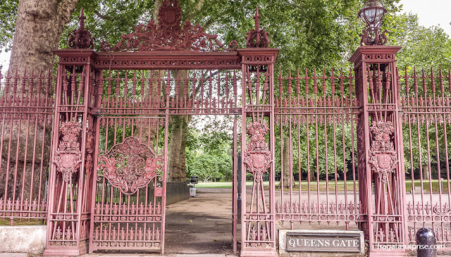 Portões dos Kensignton Gardens, Londres