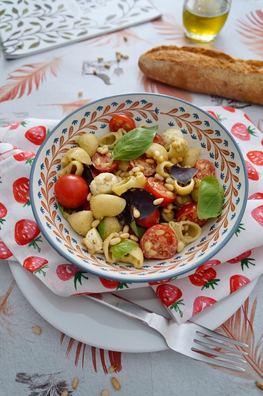 Pasta-Bowl-Caprese Rezept