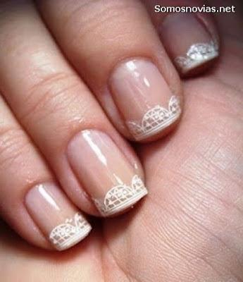 Uñas de novia cortas