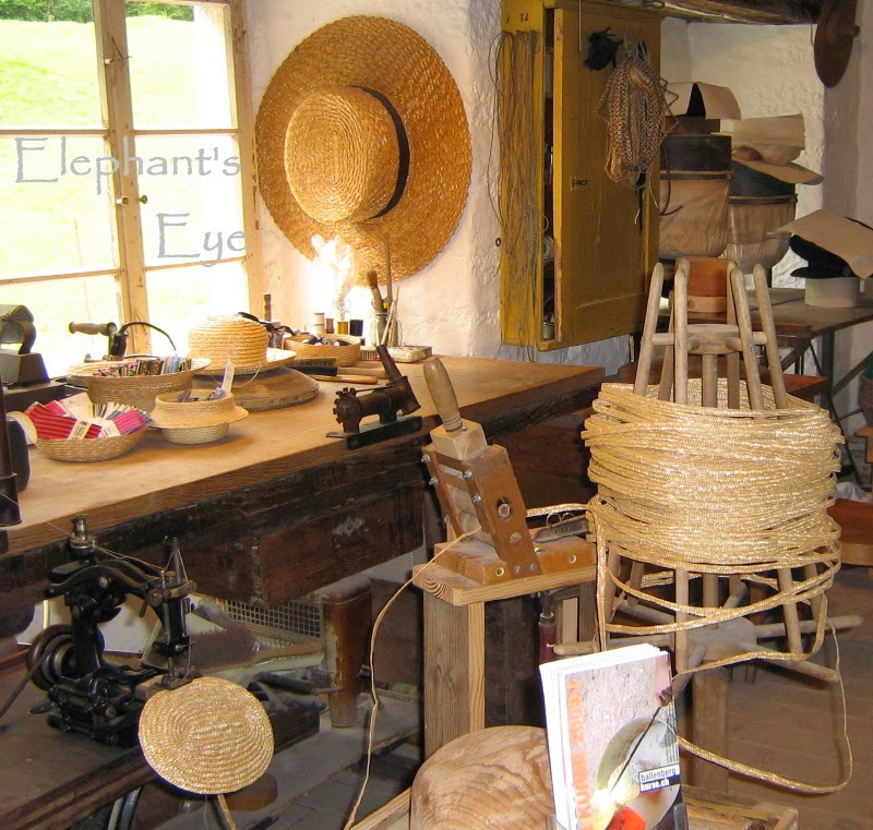 Straw hat workshop from Villnachern