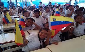 El derecho a la educación como un derecho humano fundamental está previsto CRBV