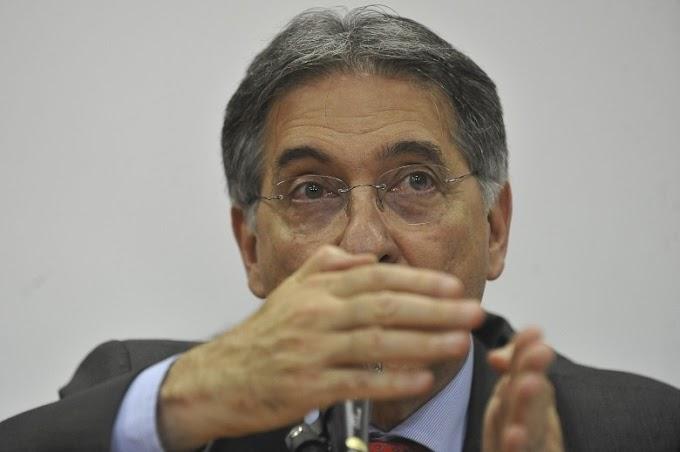 MP pede prisão de Pimentel e cobra indenização de R$ 5 milhões