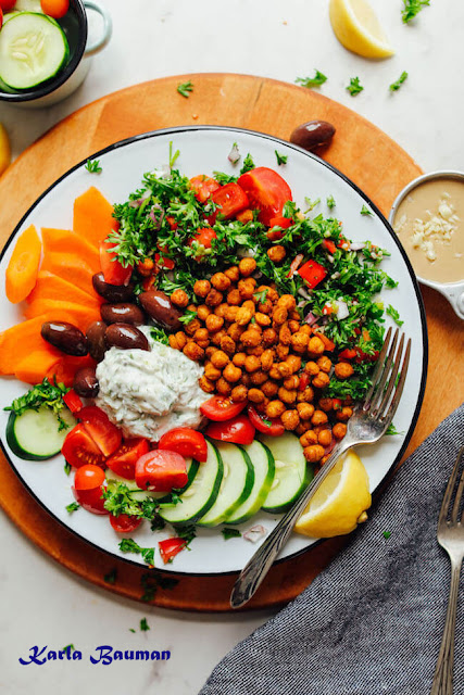Greek Bowl with tender Chickpeas
