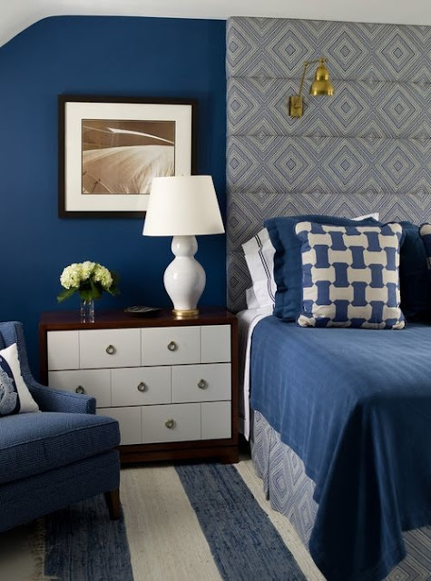 Eye For Design Decorating Your Bedroom With Padded Art
