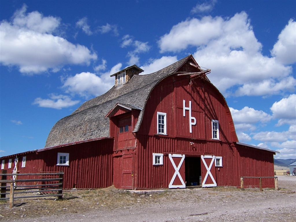 Two men and a little farm why are american barns red for American classic realty