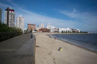 deck praia punta del este uruguai