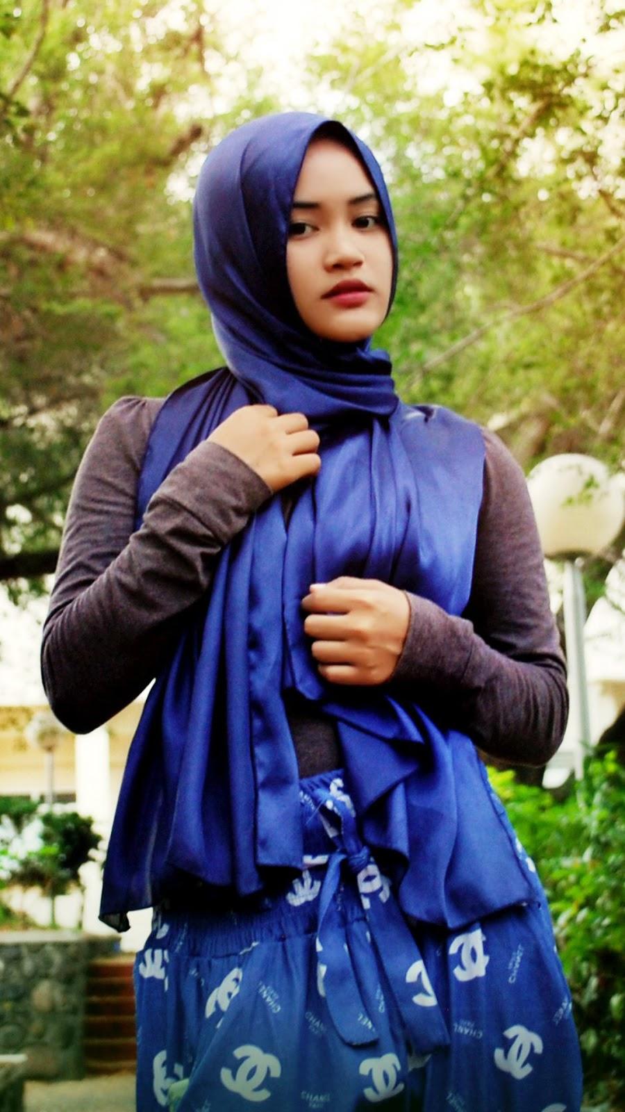 wallpaper muslimah cantik hijab cewek manis cewek gendut dan seksi