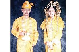Mengenal Pakaian Adat Melayu